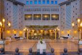 Ortadoğu'nun en büyük oteli Anjum Hotel açıldı